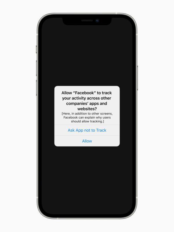 Apple- Privacy-Facebook